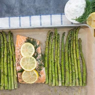 Salmone Arrosto e Asparagi