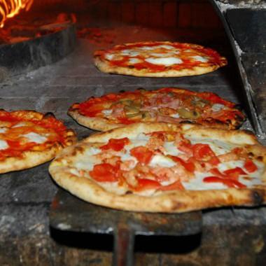 L\'impasto della pizza senza glutine, come prepararlo
