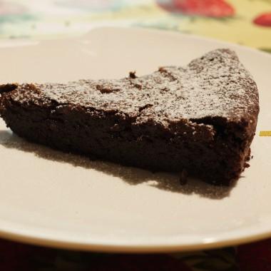 Torta al cioccolato senza farina, ideale per i celiaci